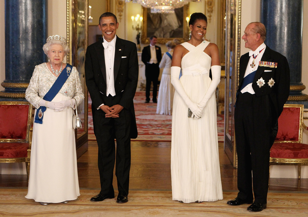 <p>Queen Elizabeth II poses with U.S. President Barack Obama, his wife Michelle Obama and Prince Philip in Buckingham Palace just before a state banquet in their honour on May 24, 2011. (Chris Jackson/Getty Images)</p>