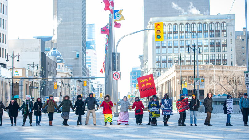 Supporters of the Wet'suwet'en nation's protest march in Winnipeg on Jan. 10, 2020 (THE CANADIAN PRESS/Mike Sudoma)