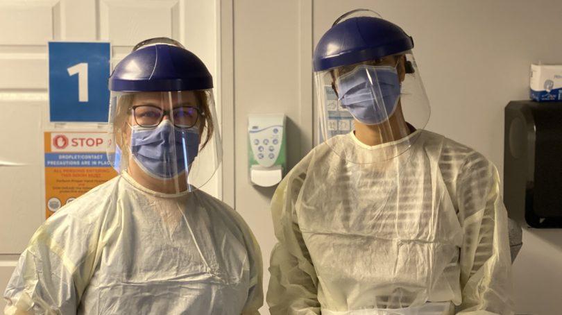 Jane Philpott and follow doctor Melanie Henry at the Markham Stouffville Hospital COVID-19 Assessment Centre. (Jane Philpott)