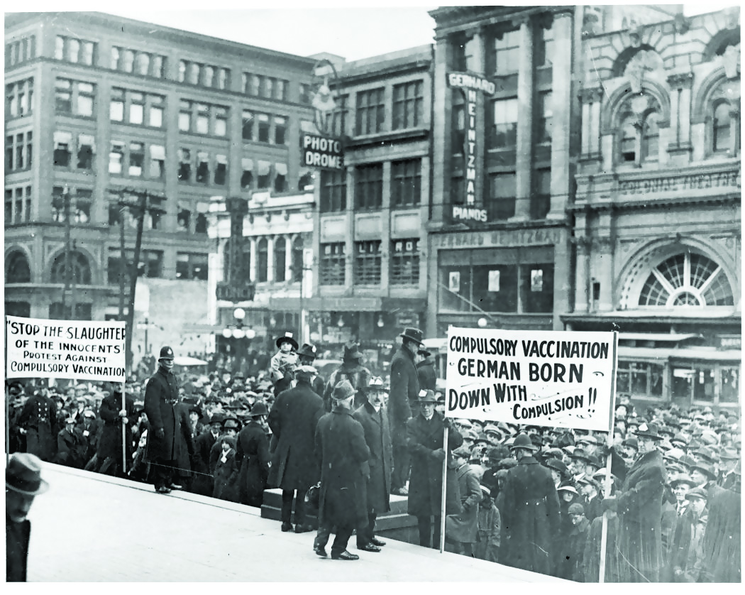 The Anti-Vaccination League protests at Toronto City Hall in 1919 during the smallpox outbreak (Fonds 1244, Item 2517/City of Toronto Archives)