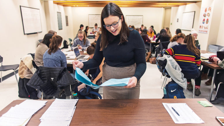Alison Carney teaches her Psychology 100 class at Queen's University in Kingston, Ont. on March 4, 2019. During the class, the students discussed in groups how self-esteem impacts one's perception of performance in different situations. (Photograph by Andrej Ivanov)