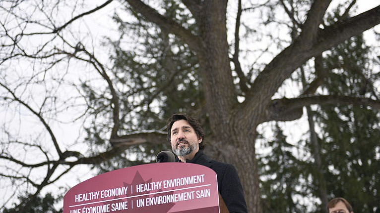 Trudeau makes an announcement on the government's updated climate change plan, in the Dominion Arboretum in Ottawa, on Dec. 11, 2020 (CP/Justin Tang)