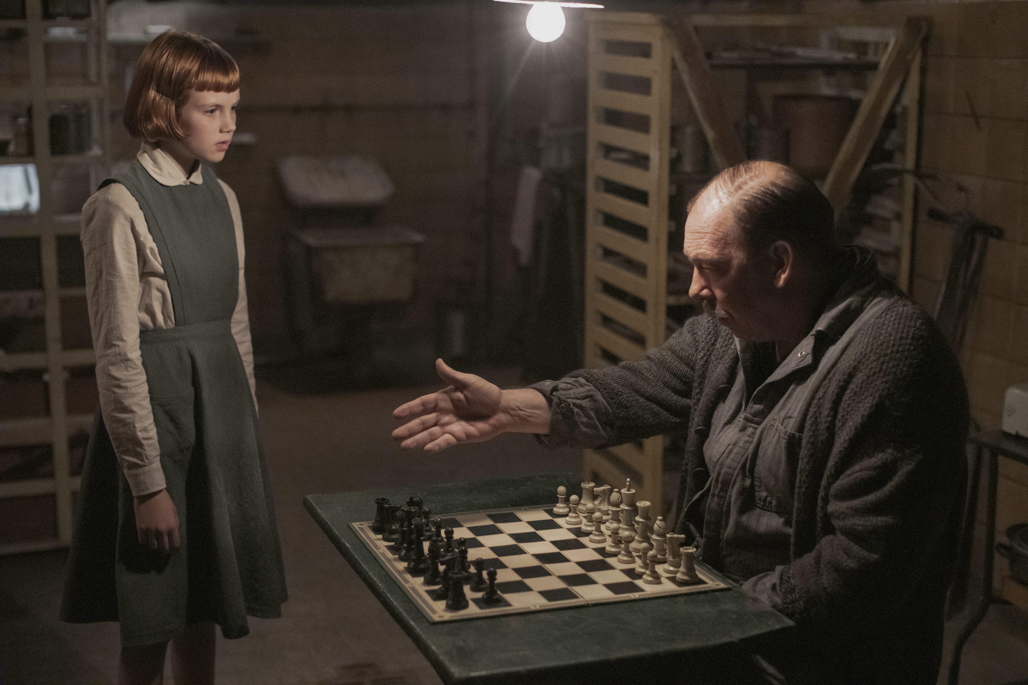 Isla Johnston as Beth and Bill Camp as Mr. Shaibel in episode 101 of The Queen's Gambit. (Phil Bray/Netflix)