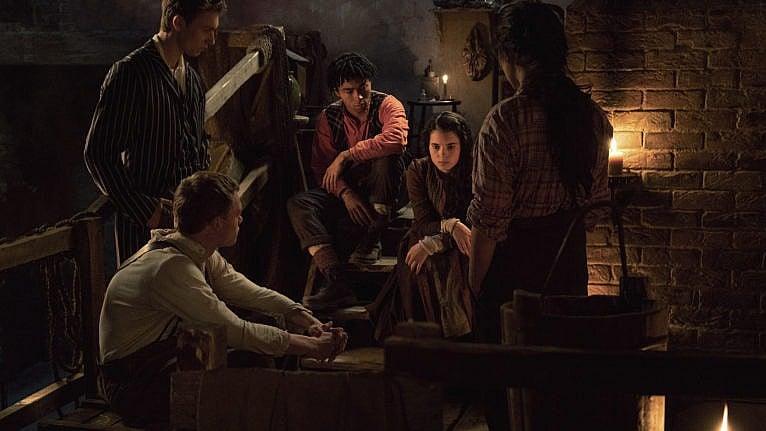 A scene from The Irregulars (Netflix)