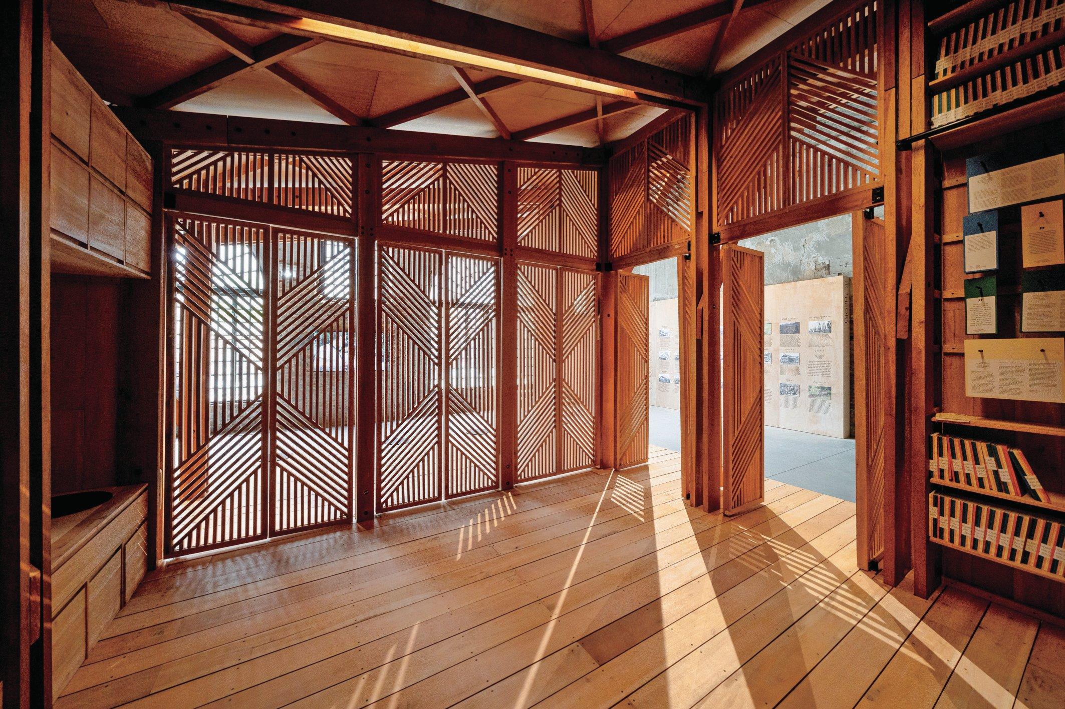 The Philippine Pavilion's bayanihan (Courtesy of Andrea Avezzù/La Biennale di Venezia)