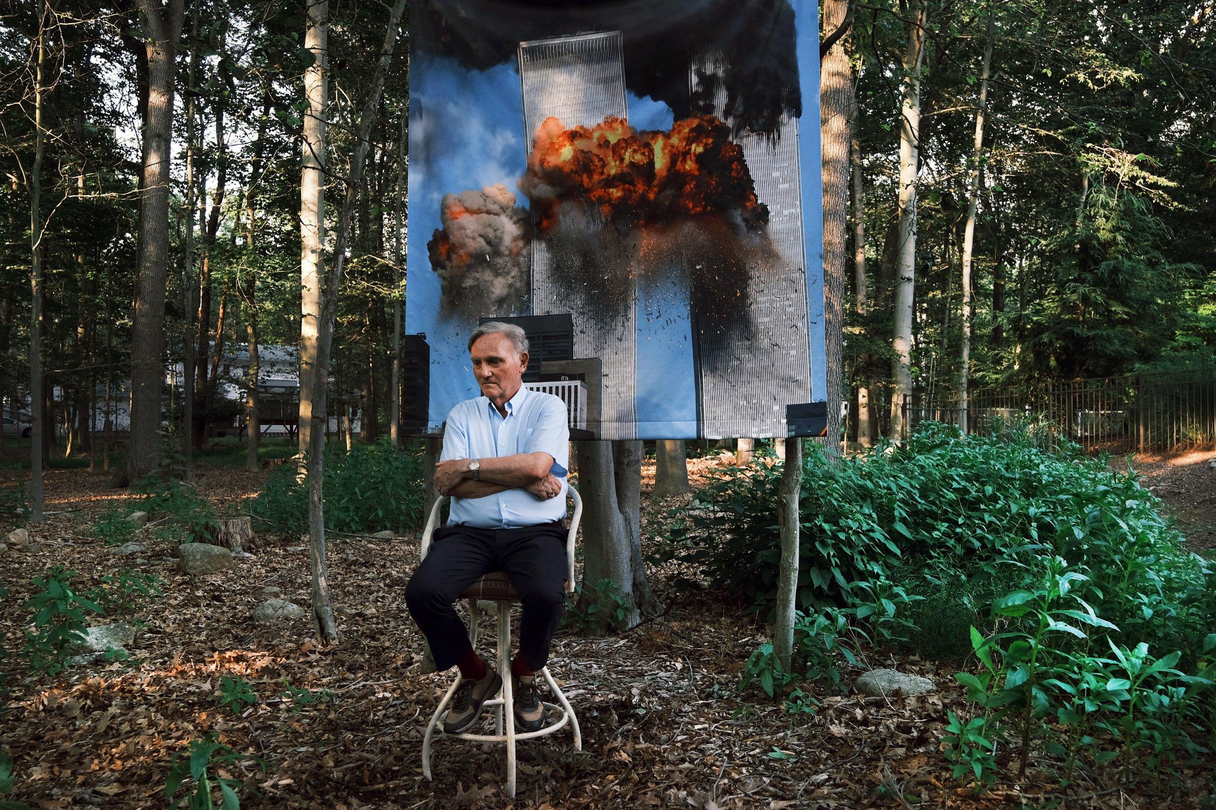 برایان کلارک (عکس توسط اسپنسر پلات/گتی ایماژ ؛ نقاشی دیواری: اسپنسر پلات/گتی ایماژ)
