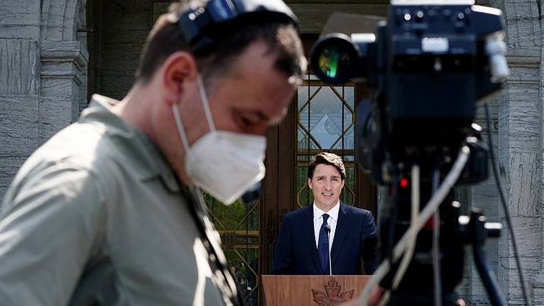 Trudeau speaks to media following a meeting with Governor General Mary Simon at Rideau Hall in Ottawa, on Aug. 15, 2021 (Sean Kilpatrick/CP)