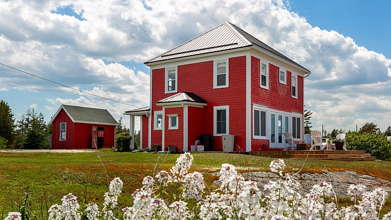 No water in winter. No septic field. For $489,000 the 'Tom Selleck house' can be yours.