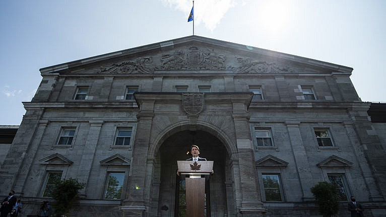 Prime Minister Justin Trudeau speaks to reporters at Rideau Hall after meeting with Governor-General Mary Simon to ask her to dissolve Parliament, triggering an election. (Justin Tang/CP)